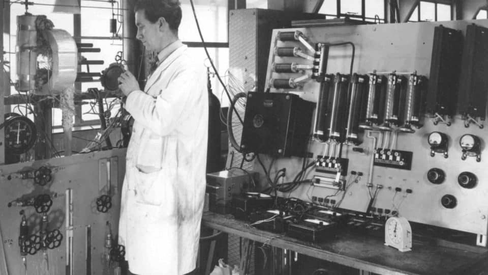 1955 Bacon Laboratory Fuel Cell